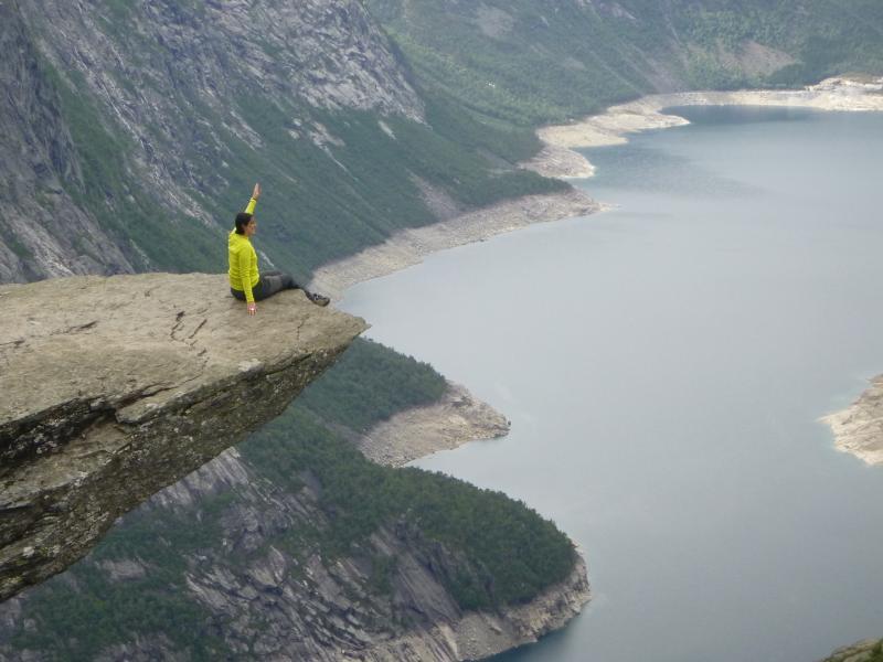 como-fazer-o-trekking-para-a-trolltunga-na-noruega