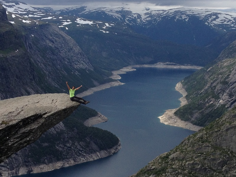 como-fazer-o-trekking-para-a-trolltunga-na-noruega10