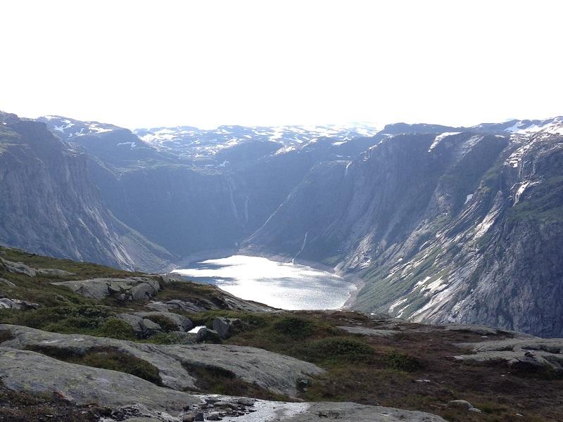 como-fazer-o-trekking-para-a-trolltunga-na-noruega8
