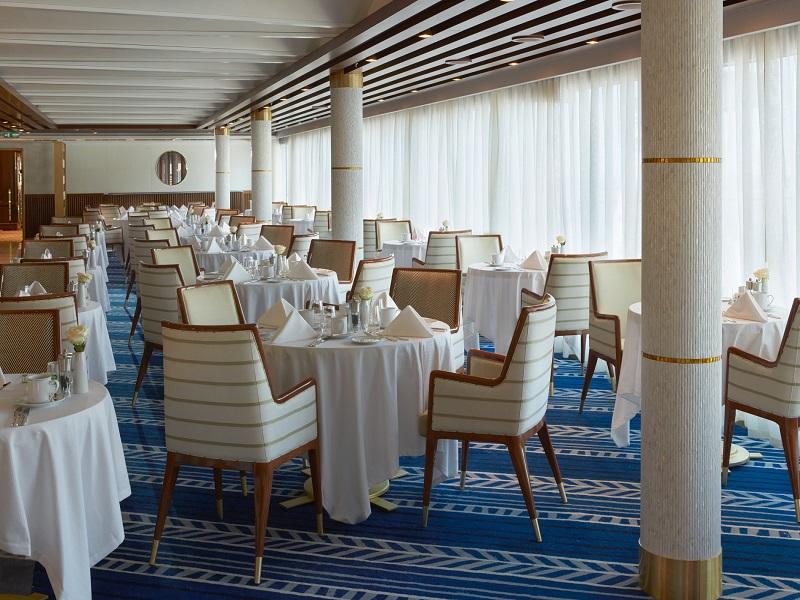 o-navio-mais-luxuoso-do-mundo-completa-um-ano-e-revisita-alguns-portos-da-sua-estreia6