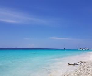conheca-as-ilhas-do-caribe-que-estao-fora-das-rotas-dos-furacoes29