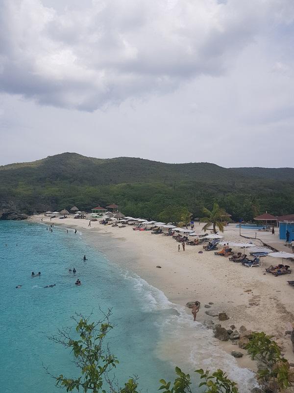 conheca-as-ilhas-do-caribe-que-estao-fora-das-rotas-dos-furacoes30