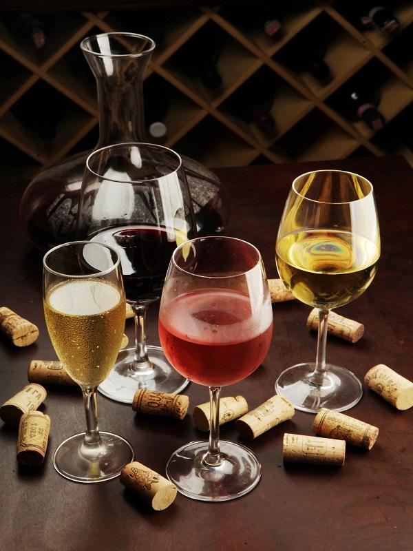 serrado-vinhos-bistro-realiza-degustacao-da-vinicola-luiz-argenta