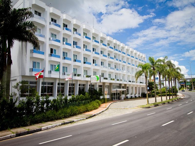 5-hoteis-e-muitas-praias-para-se-jogar-no-carnaval