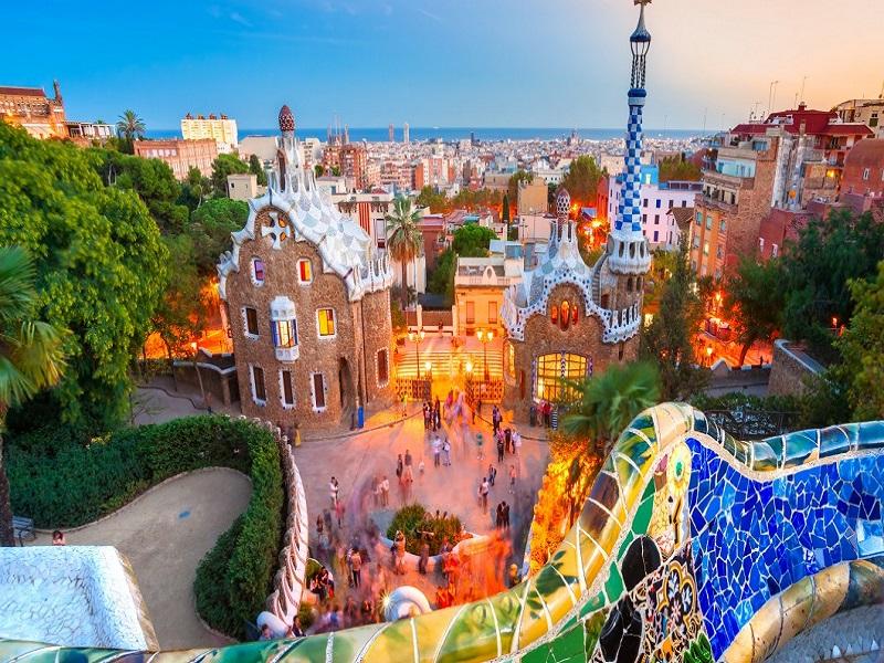 5-cidades-para-passar-o-reveillon-2019-na-europa4